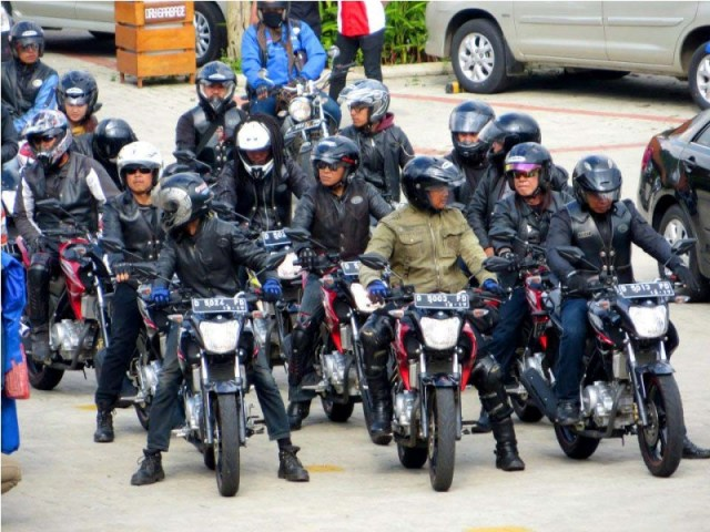 YVCB-dalam-rangkaian-launching-New-Vixion-di-Bandung