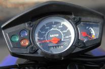 2009_Yamaha_Zuma_gauges